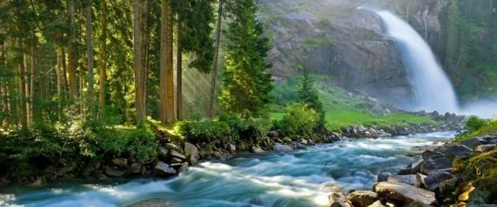 Krimmler-Krimml-waterfall.-Highest-fall-in-Austria-Tirol-Alps1-748x497